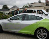 02-Workshop_Elektromobilitaet_in_Plauen_mit_Tesla_Model_S