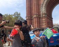 82_80edays_barcelona_china_kids